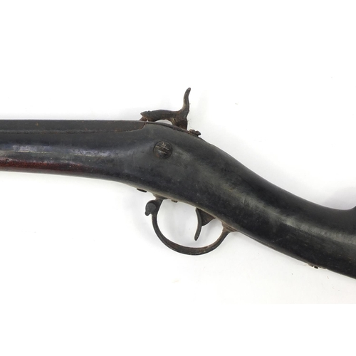 172 - 19th century percussion musket, 112cm in length...