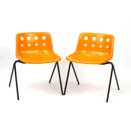 2042 - Pair of Robin Day design loft chairs, 70cm high...