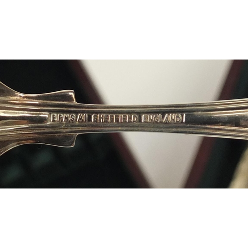 2009 - Mahogany canteen of Sheffield silver plated cutlery, 47.5cm wide