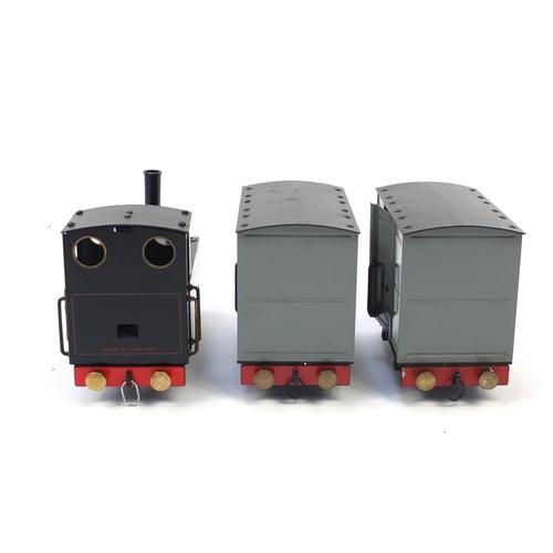 889 - Mamod tinplate steam railway train set with box...