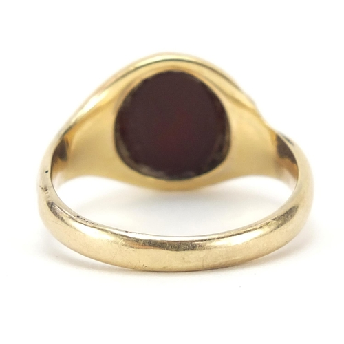 17 - Unmarked gold intaglio seal ring, (tests as 9ct gold) size U, 3.2g...