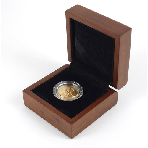 24 - George V 1918 gold sovereign, Bombay mint, with box and with certificate - this lot is sold without ...