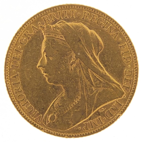 339 - Queen Victoria 1900 gold sovereign - this lot is sold without buyer's premium, the hammer price is t...