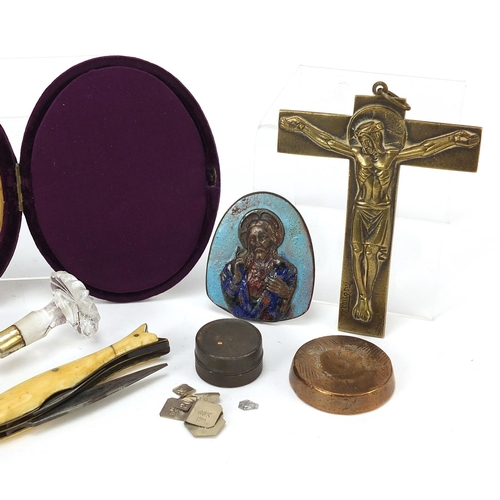 33 - Antique and later objects including a silver cheroot case, glass handled silver gilt scoop, early 19...