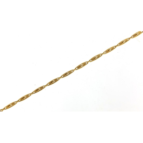43 - Continental 18ct gold necklace, 36cm in length, 10.2g...