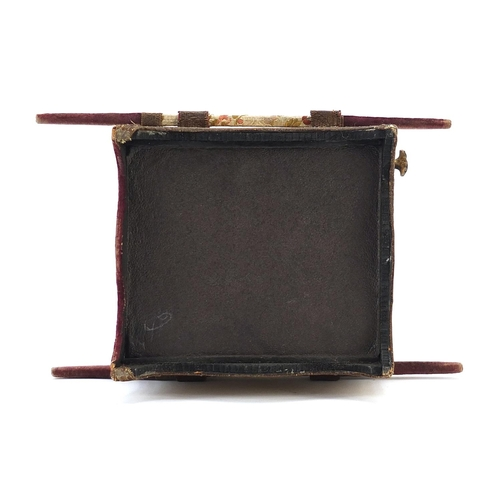 20 - Georgian style display case of small proportions in the form of a sedan chair with bevelled glass, 2...