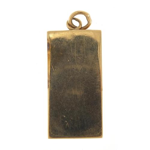 18 - 9ct gold ingot pendant, 3.5cm high, 17.6g