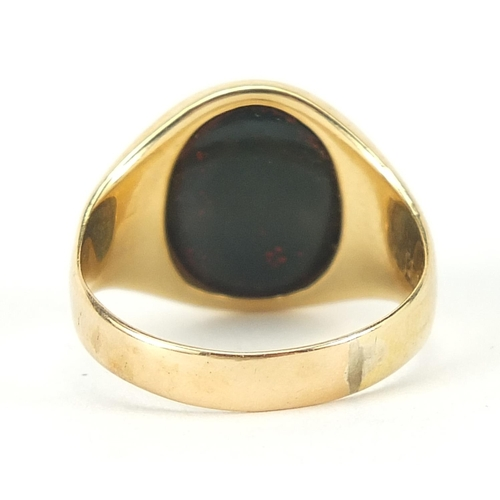 6 - 18ct gold bloodstone intaglio seal signet ring engraved with a rooster, size R, 7.7g