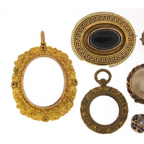 12 - Antique and later jewellery including a unmarked gold locket, black enamel and agate brooch, turquoi...