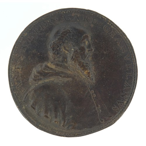 238 - Antique bronze medallion with bust of Cardinal Antonio Perrenot de Granvela, 7.5cm in diameter