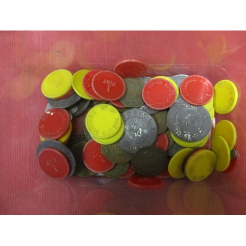 29 - A COLLECTION OF APPROX. 90 TOKENS INCLUDING CO-OP AND GROCER...