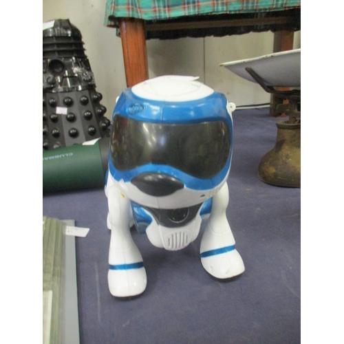 78 - TEKSTA ROBOT DOG...