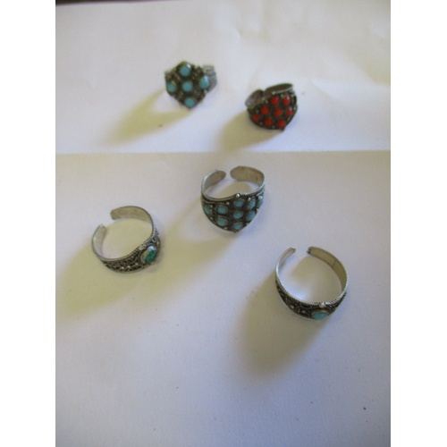 27 - COLLECTION OF 5 SILVER RINGS WITH STONES...