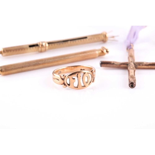 5 - A group of gentleman's jewellery items, including a pair of 14ct yellow gold and smoky quartz cuffli...