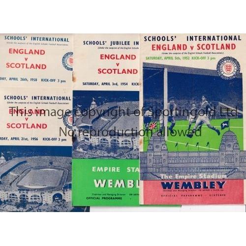 12 - ENGLAND SCHOOLS FOOTBALL PROGRAMMES      Ten programmes: Scotland 1952 Duncan Edwards captain, 1954,...