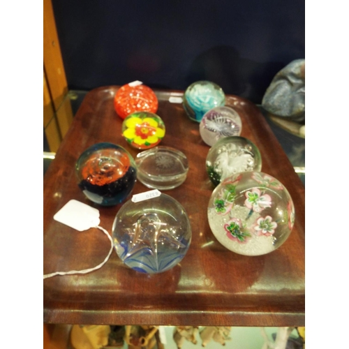 14 - A selection of assorted glass paperweights to include Caithness (8)