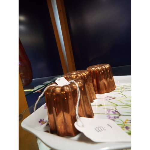 41 - Three vintage copper jelly moulds 2