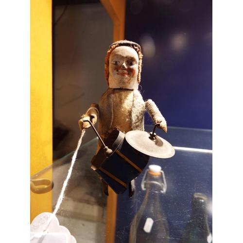 56 - A Schuuco drummer for restoration