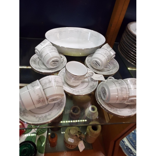 60 - A selection of Legendary Noritake 'Sweet Leilani' china to include cups, saucers, side plates and ov...