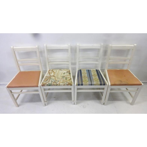 8 - Set 4 White Painted Side Chairs with bar backs, drop-on seats (4)...
