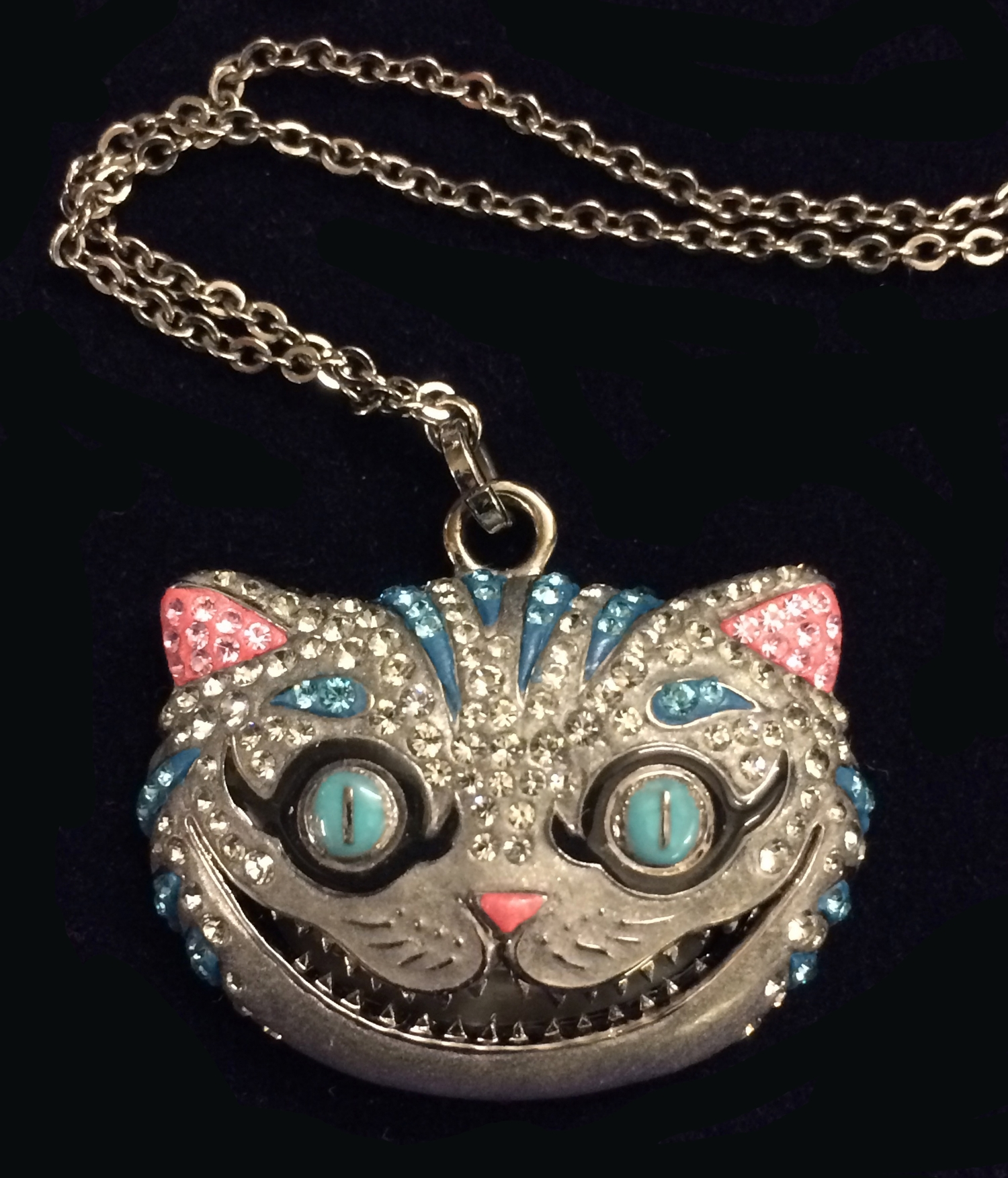 de08ec211 201 - Swarovski Limited Edition Cheshire Cat Pendant 1054415, Retired, as  new with original. 1/2