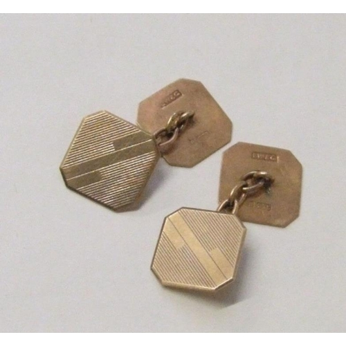 445 - Pair 9ct. Gold Fully Hallmarked Chain Link Square Cufflinks wit engine turned decoration & canted co...