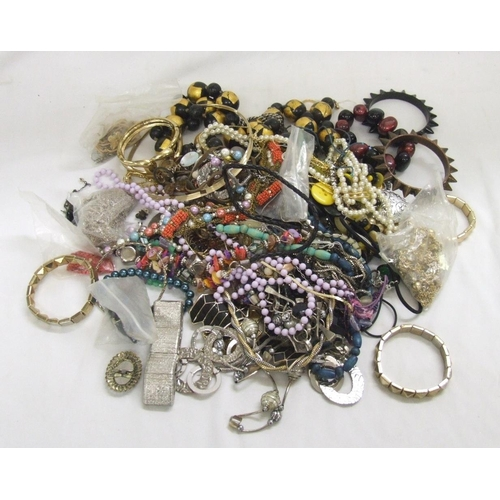 458 - Costume Jewellery Beaded Necklaces, chains, earrings, etc....