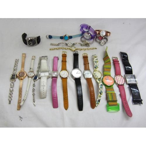 410 - Wristwatches incl. Karen Millen, Tikkers, PCA, Bijoux, EYKI, Solvil et Titus, Solo, Nixon The Key, B...