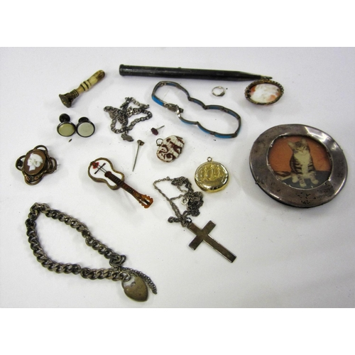 416 - Costume Jewellery Locket made from halfpenny, Guitar pin, elephant charm, small seal, cameos, turquo...