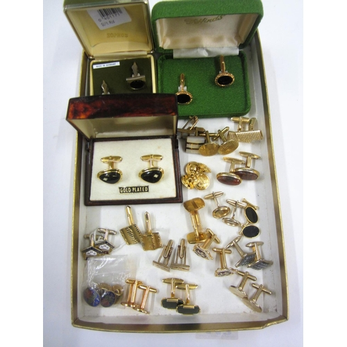 443 - 20 Pairs of Gold Tone Cufflinks incl. Isle of Man, Oval set black, square, etc....