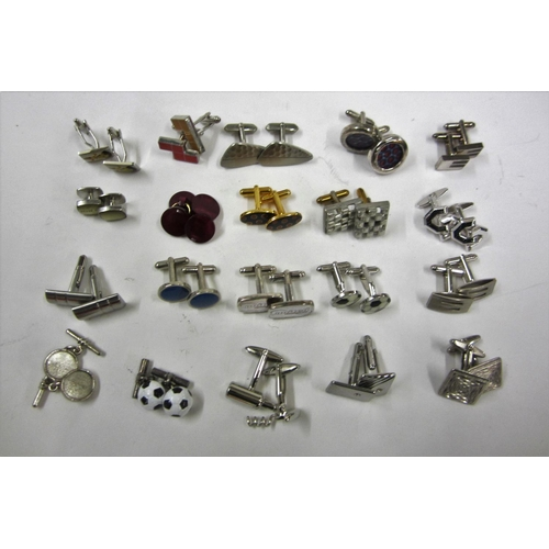 449 - 20 Pairs of Cufflinks incl. Ted Baker, United, Tetrus, etc....