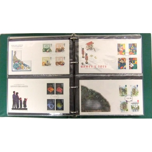 739 - Stamps: Illustrated GB First Day Covers, all unaddressed (Green Cover Album)...