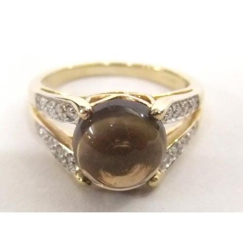 505 - Cabochon Dark Citrine? Split Shank 9ct Gold Diamond Set Ring, size N...