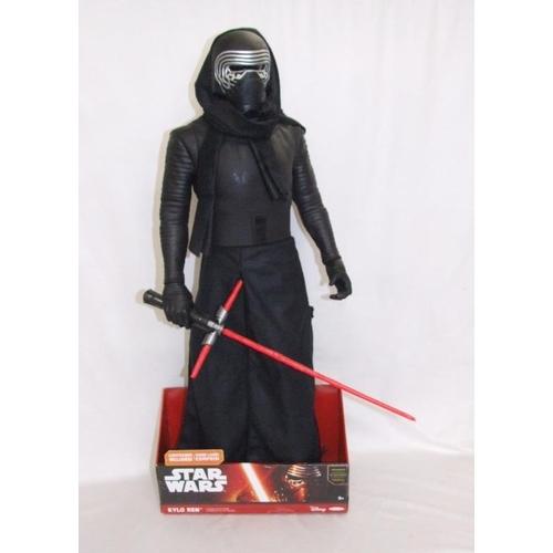 827 - Star Wars Figurine 'Kylo Ren' in display box, approx. 31