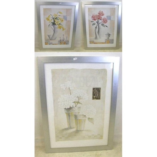 346 - Set of 3 F/g Modern Still Life Flowers in silver painted frames (3) (A8)...