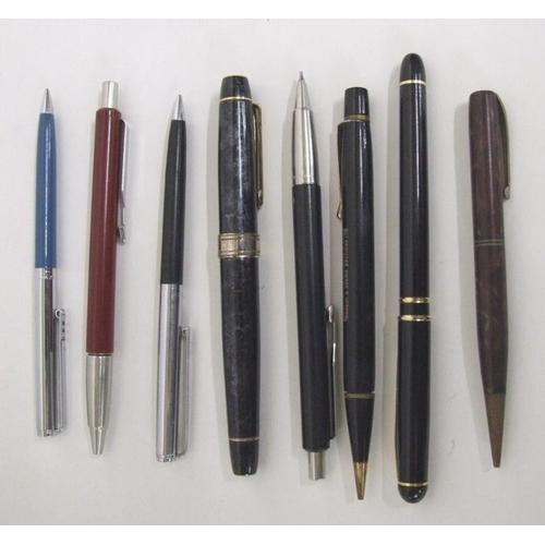 766 - Ballpoint Pens incl. Burnham, advertising, propelling pencils etc....