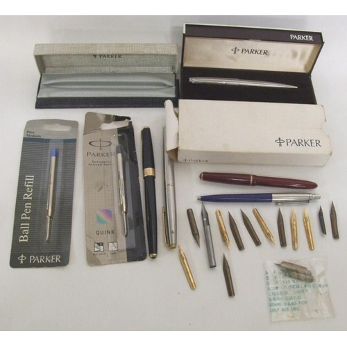 767 - Parker Pens incl. Streamline stainless steel with gilt clip, box, ballpoint with chrome clip, ballpo...
