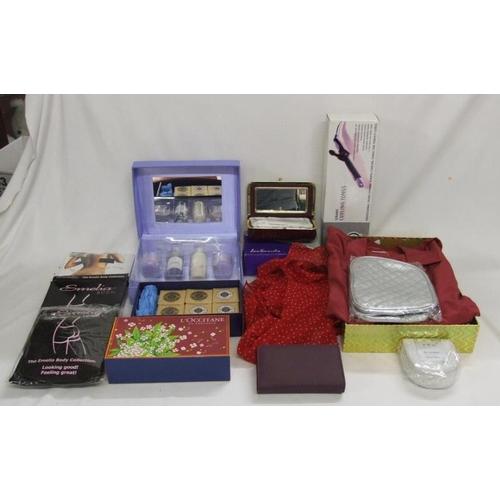 997 - As New Ceramic Curling Tongs inc box, Lavender Gift Set, EWM leather jewellery box, Lee Sands make-u...