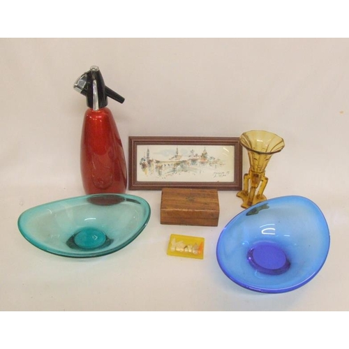 1019 - Red Metallic Sparklets Siphon, oval blue & turquoise glass dishes with pontil marks, amber glass vas...