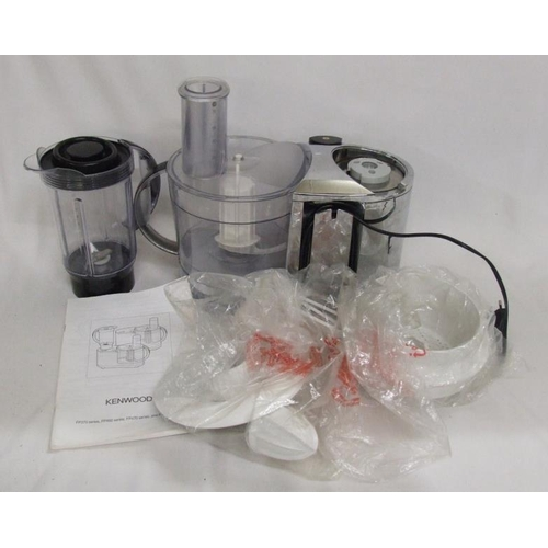 1012 - Kenwood FP476 Food Processor with accessories & instruction booklet...