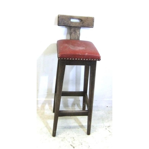 192 - High Oak Bar Stool with T-shaped back, on square tapering supports (A4)...