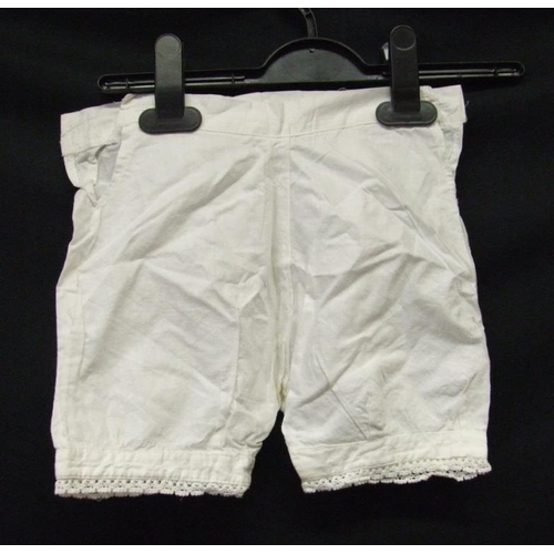 725 - Ladies Victorian/Edwardian Underwear, 2 pairs children's bloomers & Dutch? bonnet...