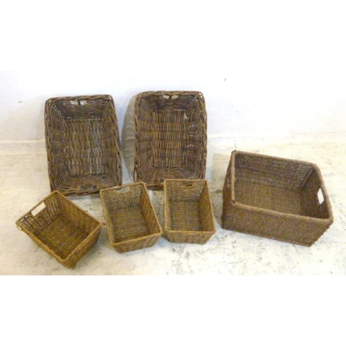 14A - 2 Wicker Baskets & 3 Woven String Baskets (5) (A7)...