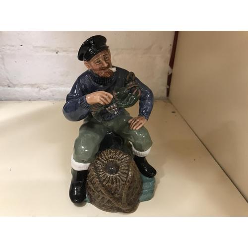 22 - Royal Doulton figurine - Lobster Man HN 2317...