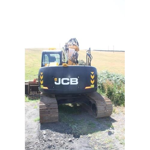 9 - JCB JZ140LC...