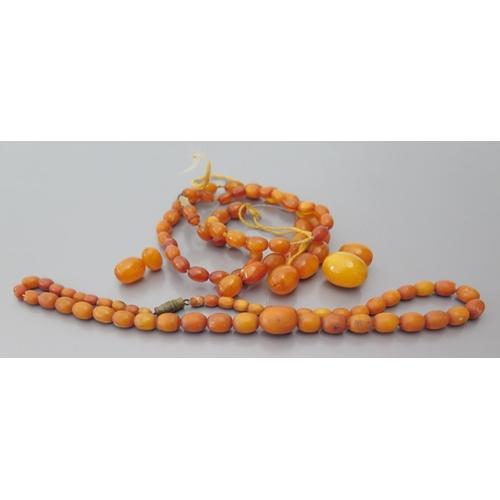253 - Amber Beads, 33.4g...