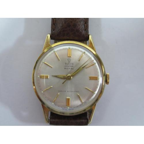 190 - A Tudor Oyster Royal 9ct Gold Gent's Centre Seconds Manual Wristwatch, the Dennison for Rolex case, ...