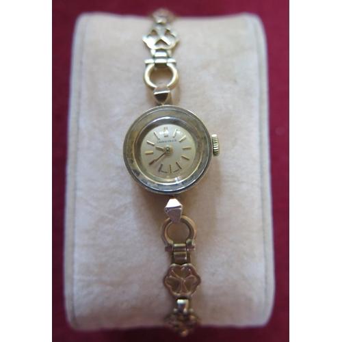 146 - A Longines Ladies 9ct Gold Wristwatch on 9ct gold bracelet, 12.6g gross...