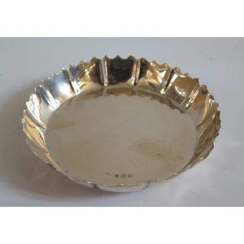 18 - An Edward VIII Silver Dish, London 1936, 10.5cm, 89g...