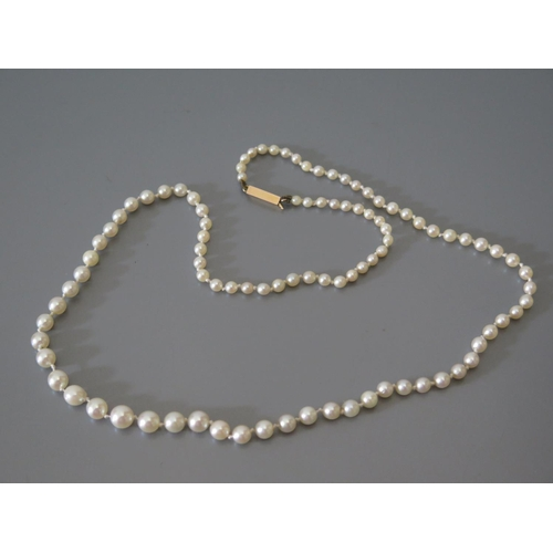 204 - A Pearl Necklace, 8.8g...